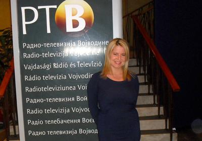 http://www.hrvatskarijec.rs/datoteke/images/Vesti/Intervju%20-%20Jelena%20Tumbas.jpg