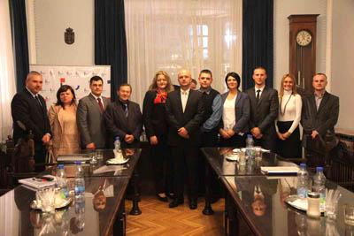 http://hrvatskifokus-2021.ga/wp-content/uploads/2015/03/tema-HNV-konstitutivna-sjednica.jpg